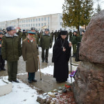 Епископ Вениамин совершил освящение боевого знамени 65-й автомобильной бригады г. Жодино