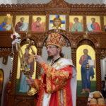 В праздник Светлого Христова Воскресения епископ Борисовский и Марьиногорский Вениамин возглавил торжественное богослужение в Воскресенском кафедральном соборе