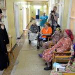 Епископ Борисовский и Марьиногорский Вениамин посетил Больницу сестринского ухода в городе Жодино