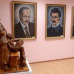 Правящий архиерей посетил художественную галерею Сергея Давидовича-Зосина