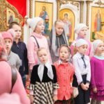 Маленькие прихожане кафедрального собора города Марьина Горка поздравили с Покровом Пресвятой Богородицы