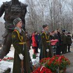 Борисовские священники возложили цветы к памятнику воинам-интернационалистам