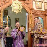 В Неделю вторую Великого поста Преосвященнейший Вениамин совершил Литургию в Никольском приходе города Крупки
