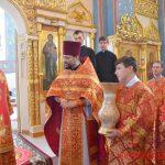 Во вторник Светлой седмицы, епископ Борисовский и Марьиногорский Вениамин совершил Литургию в храме в честь иконы Божией Матери «Избавительница» г. Жодино