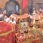 В четверг Светлой седмицы Преосвященнейший Вениамин возглавил Литургию в храме в честь Рождества Христова города Борисова