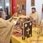 В Неделю 6-ю по Пятидесятнице, Преосвященнейший Вениамин совершил Литургию в Воскресенском кафедральном соборе города Борисова