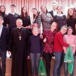 Волонтеры с воспитанниками воскресной школы организовали праздничное мероприятия для детей Руденской вспомогательной школы-интерната