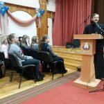 Священнослужитель Воскресенского кафедрального собора выступил перед учащимися с презентацией «История книги»