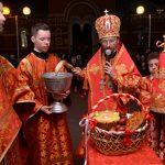 Епископ Вениамин возглавил торжественное Пасхальное богослужение в кафедральном соборе Воскресения Христова города Борисова