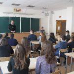 Священнослужители храма святого Архангела Михаила г. Жодино провели предпасхальные встречи в социальном центре, войсковой части и учебных заведениях города