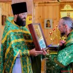 7 августа Преосвященнейший Вениамин, епископ Борисовский и Марьиногорский, совершил праздничное богослужение в храме святой праведной Анны в деревне Дудичи 2-го Пуховичского благочиния