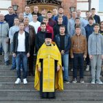 Игроки и руководство футбольного клуба «БАТЭ» посетили храм святого Архистратига Михаила в аг. Зембин