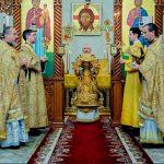 В Неделю 28-ю по Пятидесятнице епископ Борисовский и Марьиногорский Вениамин совершил Божественную литургию в Воскресенском кафедральном соборе города Борисова