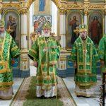 Епископ Борисовский и Марьиногорский Вениамин сослужил Патриаршему Экзарху всея Беларуси в праздник Святого Духа