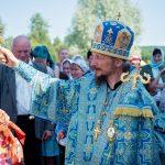 В день праздника Казанской иконы Божией Матери епископ Вениамин возглавил престольные торжества на приходе храма Казанской иконы Божией Матери д. Околово Логойского р-на