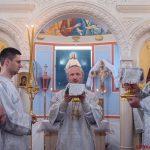 В Неделю 30-ю по Пятидесятнице, Преосвященнейший Вениамин, епископ Борисовский и Марьиногорский совершил Божественную литургию в Рождественском храме а.г. Острошиц