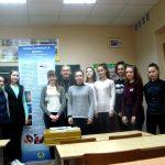 В Острошицкой средней школе Логойского района в рамках образовательного проекта по семейному и духовно-нравственному воспитанию была организована выставка и проведены беседы с учащимися