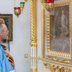 В канун дня памяти благоверного князя Александра Невского митрополит Вениамин совершил всенощное бдение в Александро-Невском кафедральном соборе Марьиной Горки