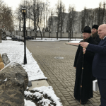 Митрополит Минский и Заславский Вениамин и посол России в Беларуси обсудили строительство колокольни на территории Жировичского монастыря