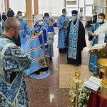 Патриарший Экзарх вознес молитвы об исцелении болящих в 5-й городской клинической больнице города Минска
