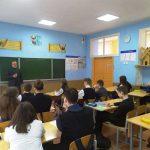 В Лошницкой гимназии прошла встреча священника с учащимися