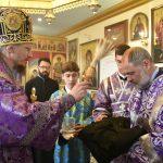 В годовщину освящения храма Патриарший Экзарх совершил Литургию св. Иоанна Златоуста в храме в честь святого великомученика Георгия Победоносца аг. Гостиловичи