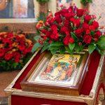 В день Радоницы Патриарший Экзарх совершил Литургию и панихиду в Лазаревском храме на Северном кладбище города Минска
