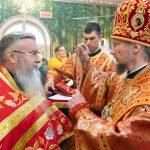 Митрополит Вениамин совершил Пасхальную вечерню в храме в честь святого мученика младенца Гавриила Белостокского города Минска