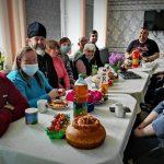 Подари радость ближнему: обслуживаемые отделения для инвалидов принимали поздравления с Пасхой