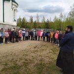 В п. Дружный учащиеся посетили строящийся храм
