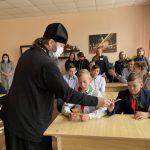 Встреча священника с учащимися и учителями Гребёнской школы Червенского района