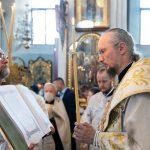 В канун Недели 9-й по Пятидесятнице митрополит Вениамин совершил всенощное бдение в Свято-Духовом кафедральном соборе города Минска