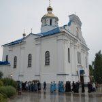 Митрополит Вениамин совершил утреню с чином погребения Плащаницы Пресвятой Богородицы в Свято-Благовещенском мужском монастыре в деревне Малые Ляды